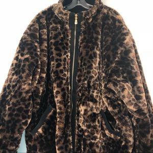 Leopard Faux Fur with Reversible Genuine leather